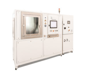 Function test bench with closed test chamber for automotive heating and cooling units and battery simulation
